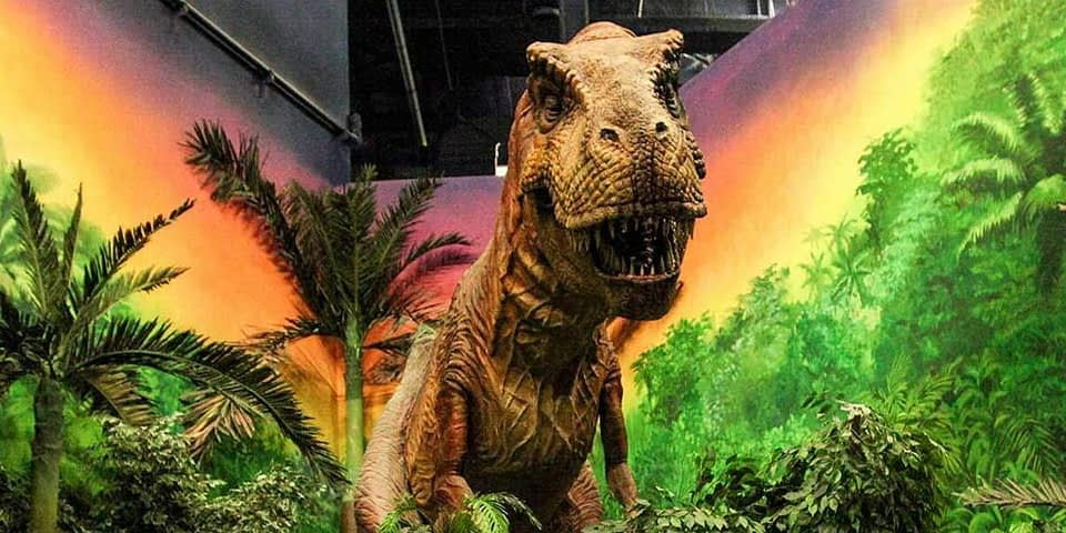 Dinosaur animatronic at IMG Worlds of Adventure