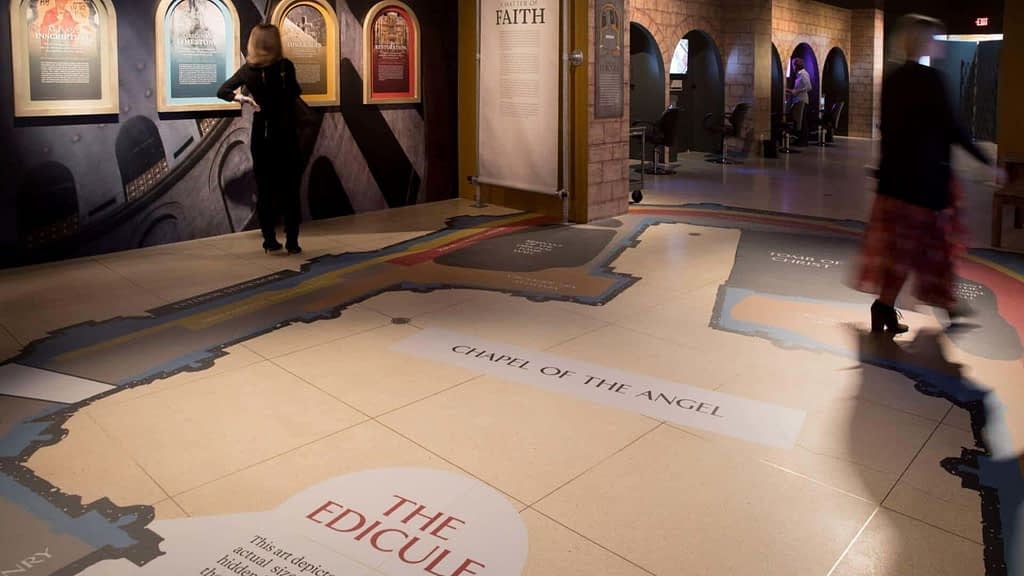 National Geographic Museum: Tomb of Christ